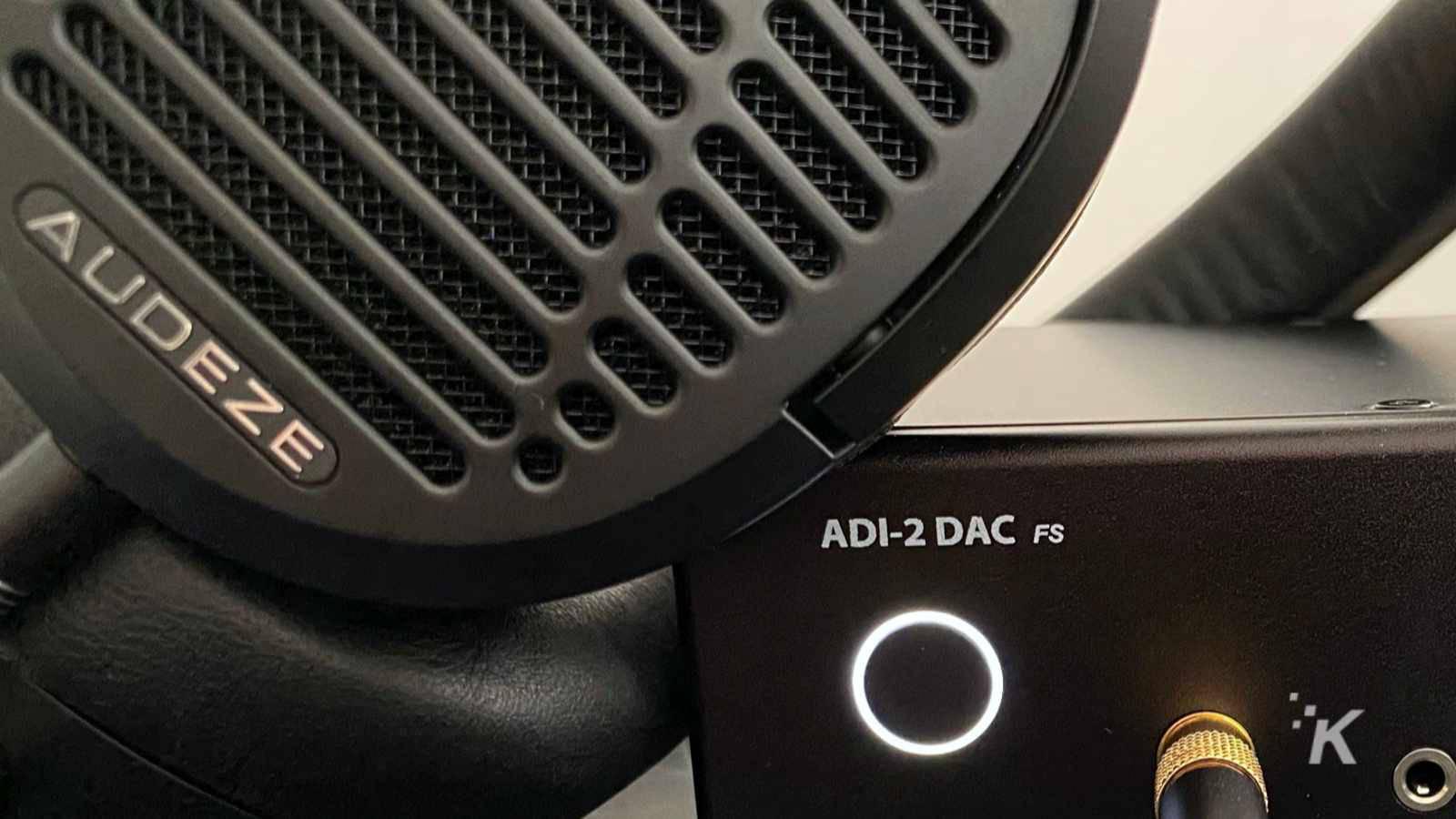 audeze lcd-1 on amp