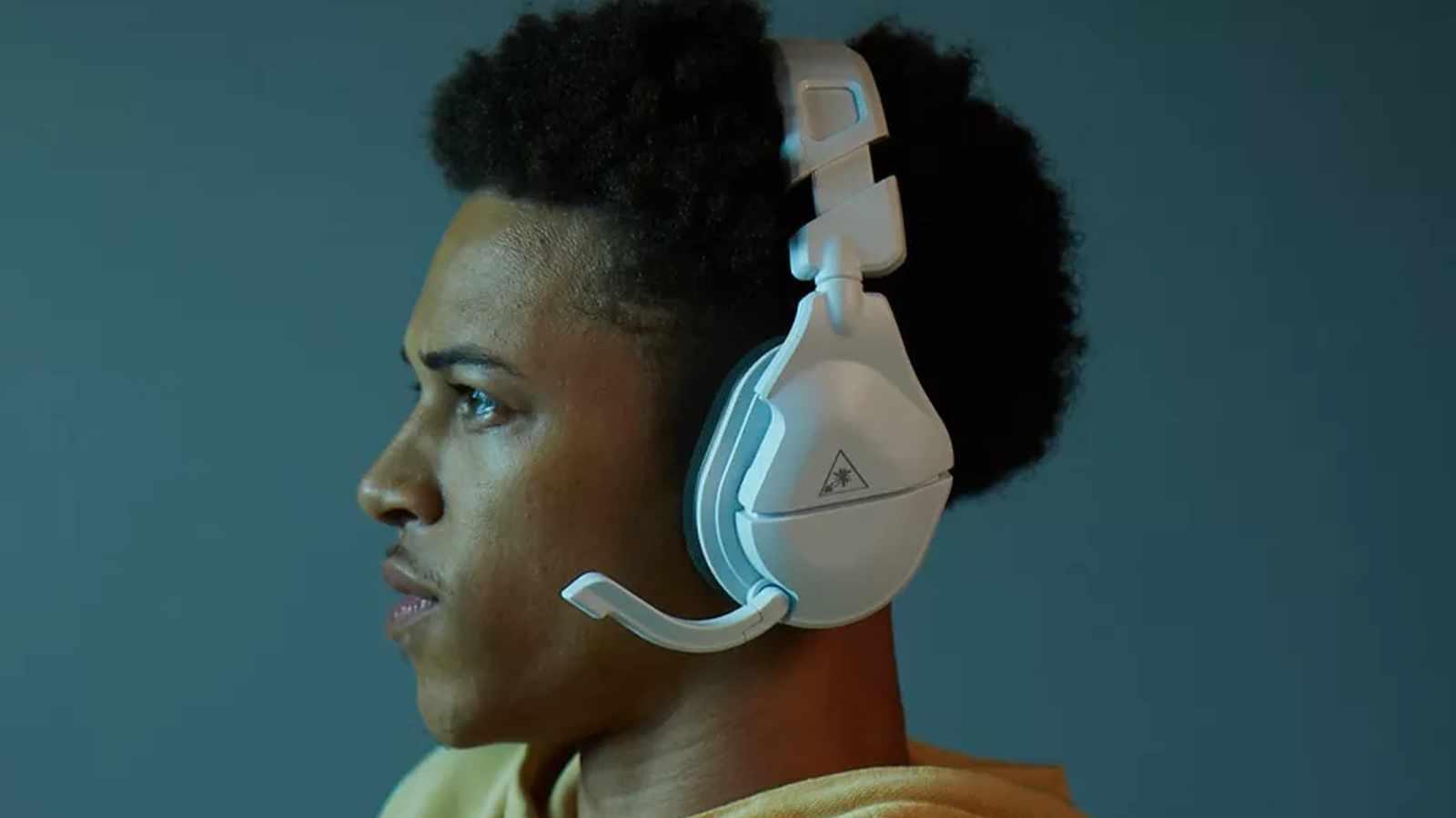 turtle beach stealth 600 gen 2 headset on man's head