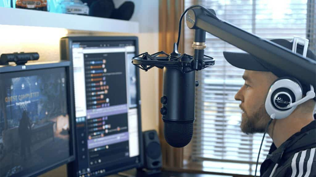 yeticaster broadcast microphone kit