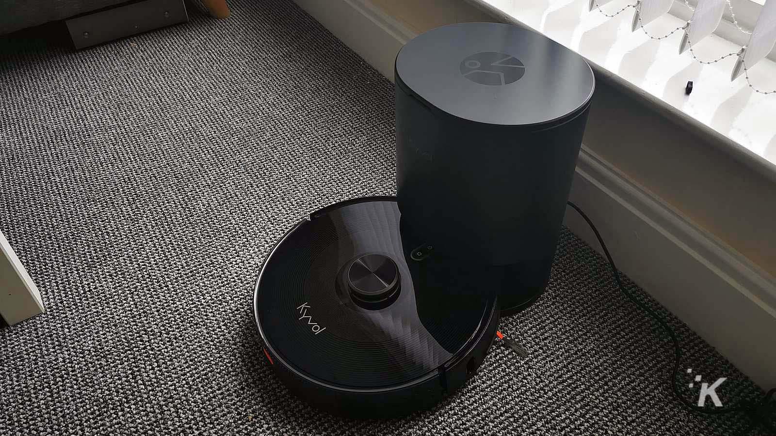 kyvol vacuum with dustbin