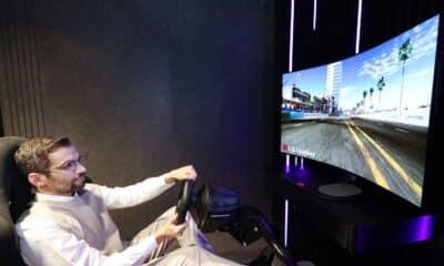 lg curvable monitor