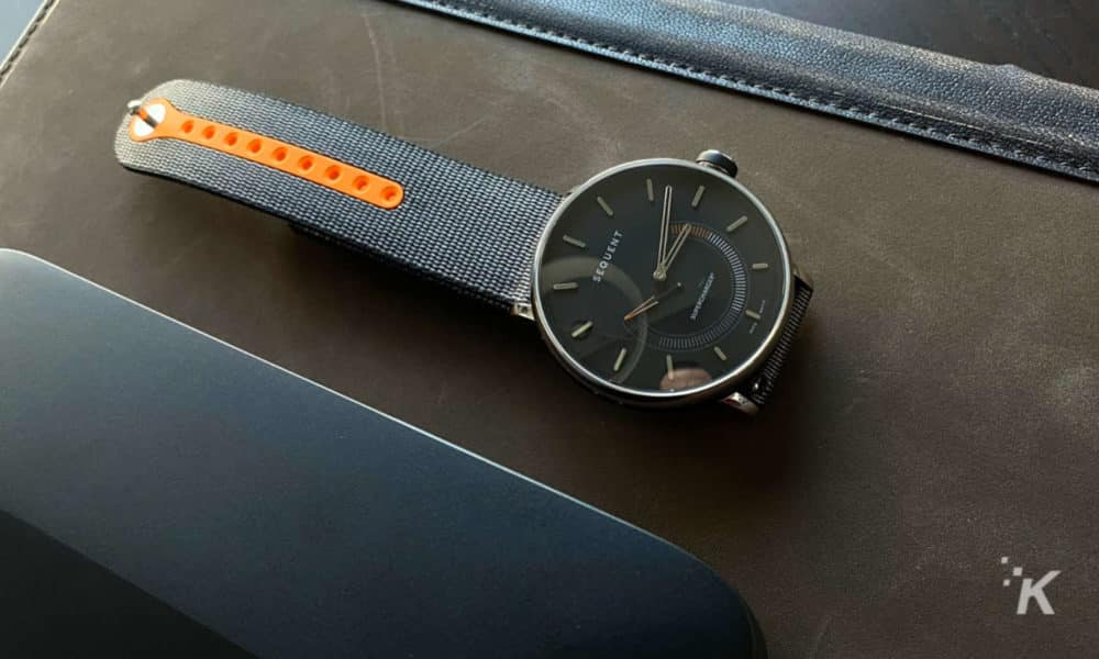 Review: Sequent SuperCharger 2.1 – a smartwatch that's you-powered
