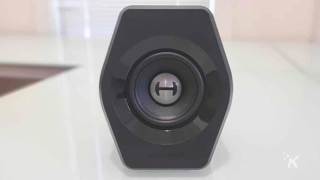 edifier g2000 speakers